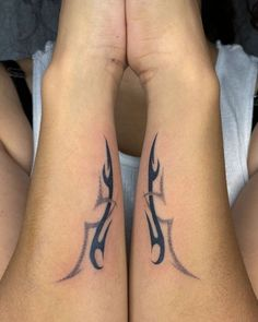 Body Piercings, Piercing Tattoo, Tramp Stamp Tattoos, Cool Tats, Pretty Tattoos, Body Modifications, Future Tattoos, Tattoo Inspiration, Tatting