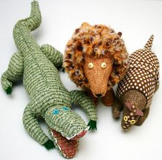 Handwoven Zoo!  Weave the fabric AND make the animals?!  What a superhero!