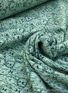 sweaterstof met leeuwen, sweatstof met leeuw, online te koop bij Madeline de stoffenmadam in België, Antwerpen, Lier, groene sweatstof met leeuwen, stof met...