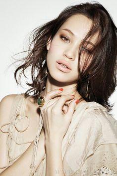 #kiko mizuhara #japanese model #make-up #hair #fashion