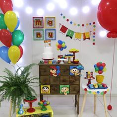 75 ideas and tutorials to make your - Birthday FM : Home of Birtday Inspirations, Wishes, DIY, Music & Ideas Birthday Decorations, Christmas Decorations, Holiday Decor, Pig Birthday, Birthday Parties, Balloon Garland, Balloons, Candy Stand, Party Organization