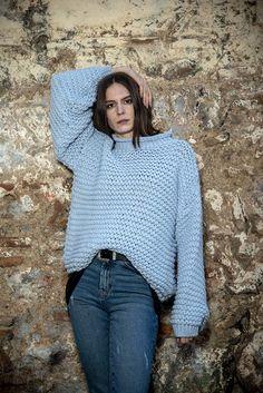 Πλεκτή μπλούζα oversize σε σιέλ χρώμα onesize Turtle Neck, Winter, Sweaters, Blue, Fashion, Winter Time, Moda, Fashion Styles, Pullover