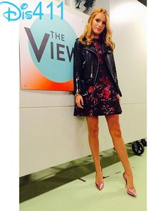 """Photo: Bella Thorne Co-Hosting """"The View"""" December 3, 2014"""