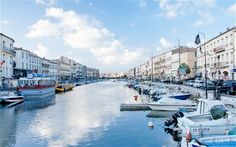 France: Languedoc-Roussillon - a taste of the south, sans the hordes