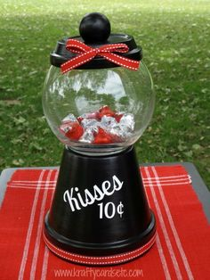 Krafty Cards etc: Kisses for sale candy dish @maria8960