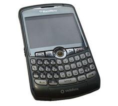 Blackberry Curve : 携帯電話史に名を刻んだ懐かしのガラケー10選10