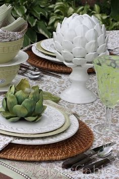 DIY Ceramic Place Setting * Artichokes on Candlestick.And White Hydrangea Rattan Charger Funny Vegetables, Balsamic Marinade, Lime Sorbet, Table Setting Inspiration, Green Bowl, Al Fresco Dining, Patio Table, Tablescapes, Serving Bowls