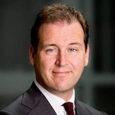 Portretfoto minister Asscher Viceminister_president Sociale zaken en werkgelegenheid