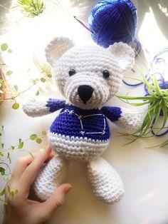 Crochet Teddy Bear, Amigurumi Doll #crochet #crocheting #amigurumi #amigurumis #toys #dolls #teddybear #teddy #ursamajor #constellations #stars #bluetoys #blue