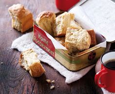 Buttermilk Rusks Recipe - first created by Afrikaners during their long treks around southern Africa. Rusks are best enjoyed dunked into a cup of Rooibos tea or moerkoffie. South African Desserts, South African Recipes, Egg Recipes, Baking Recipes, Dessert Recipes, Pudding Recipes, Kos, Buttermilk Rusks, Kitchens