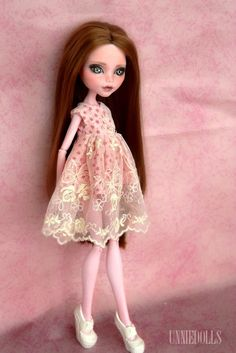 OOAK Draculaura Customized Monster High doll by UnnieDolls