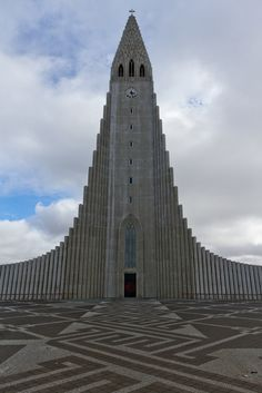 Hallgrímskirkjais the largest church in Iceland and the sixth tallest architectural structure in Iceland after Longwave radio mast Hellissandur, the radio masts of US Navy at Grindavík, Eiðar longwave transmitter and Smáratorg tower. Churches and Cathedrals Of The World - Page 80 - SkyscraperCity