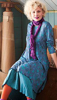 Love the look but scarf needs lowering for us short necked people. Look Boho, Bohemian Style, Boho Chic, Fashion Mode, Boho Fashion, Fashion Outfits, Womens Fashion, Gudrun, Swedish Fashion