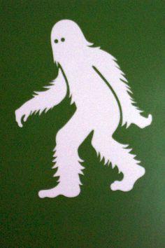 BigFoot Sightings from Around the Worls, Sasquatch, Yowi, Abonimable Snowman, All Sightings of Large Humanlike Creatures Yeti Bigfoot, Bigfoot Sasquatch, Nutcracker Image, Halloween Yard Displays, Bigfoot Pictures, Finding Bigfoot, Bigfoot Sightings, Ninja, Cryptozoology