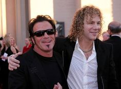 """Musicians Tico Torres and David Bryan of Bon Jovi arrive to the Annual """"American Music Awards"""" at the Shrine Auditorium November 2004 in Los Angeles, California. Get premium, high resolution news photos at Getty Images Great Bands, Cool Bands, Hard Rock Music, Classic Rock Bands, Piano Man, Jersey Boys, Always Smile, American Music Awards, Jon Bon Jovi"""