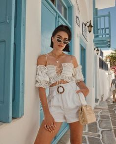 eyelit details for summer Trend Trendy Top Summer Clothes Makeup Outfits Shirts Shoes Pants Short Outfits, Trendy Outfits, Cute Outfits, Fashion Outfits, Womens Fashion, Party Outfits, Spring Summer Fashion, Spring Outfits, Outfit Summer