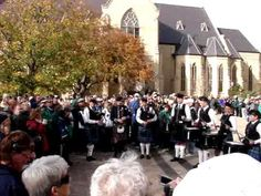 NOTRE DAME IRISH BAGPIPE & DRUM - YouTube
