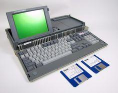 Amstrad PPC640 Personal Laptop Portable Computer Intel 8088 4.77 MHz.