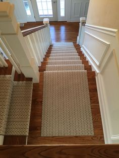 Cheap Carpet Runners By The Foot Code: 8920656092 Cheap Carpet, Diy Carpet, Beige Carpet, Carpet Ideas, Wall Carpet, Stairway Carpet, Staircase Runner, Stair Runners, Tile Stairs