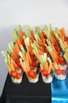 food - easily prepared and super healthy. Partyfood - easy prepared a . - Vegetarisch geniessen -Party food - easily prepared and super healthy. Partyfood - easy prepared a . Easy Party Food, Snacks Für Party, Appetizers For Party, Appetizer Recipes, Fruit Appetizers, Parties Food, Individual Appetizers, Party Party, Halloween Appetizers