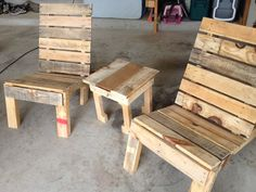 Table and Chairs out of pallet wood that I built.  Super simple!