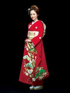一枚の引き振袖アレンジ術vol.2/披露宴 Furisode Kimono, Kimono Fabric, Kimono Dress, Yukata, Kimono Japan, Japanese Kimono, Japanese Outfits, Japanese Fashion, Traditional Fashion