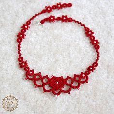 INSPIRATION; many necklace ideas. No patterns.
