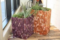So, my dears, here is my collection of DIY Wine Cork Planters That You Should Not Miss. Wine Craft, Wine Cork Crafts, Wine Bottle Crafts, Diy Planters, Planter Pots, Garden Planters, Diy Cork, Recycled Wine Corks, Recycled Bottles