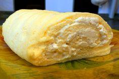 рулет-омлет с сыром и чесноком