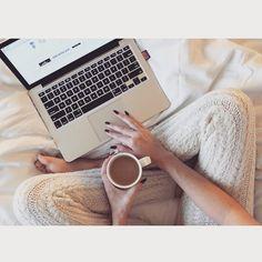 Comfy hotel mornings in my very favorite knit leggings // @liketoknow.it www.liketk.it/PwYo #liketkit #HelloGorgeous
