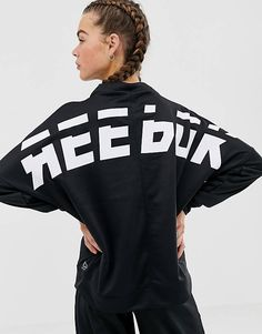 Buy Reebok Training Back Logo Sweatshirt In Black at ASOS. With free delivery and return options (Ts&Cs apply), online shopping has never been so easy. Get the latest trends with ASOS now. Sweat Shirt, Reebok Training, Asos, Black Reebok, Gym Clothes Women, Gym Tops, Sports Leggings, Gym Wear, Active Wear For Women
