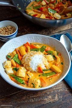 Tofu Recipes, Curry Recipes, Asian Recipes, Vegetarian Recipes, Cooking Recipes, Healthy Recipes, Healthy Food, Healthy Eating, Red Thai Curry Vegetarian