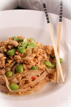 Kaseys Kitchen: Easy Chicken Pad Thai