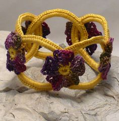 Crocheted bracelet idea - on Etsy to buy, but can use idea