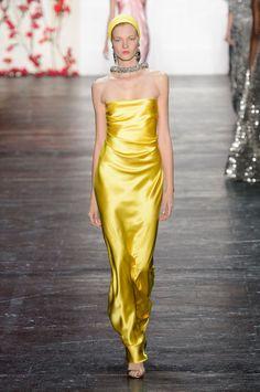 Naeem Khan at New York Fashion Week Spring 2016 - Livingly