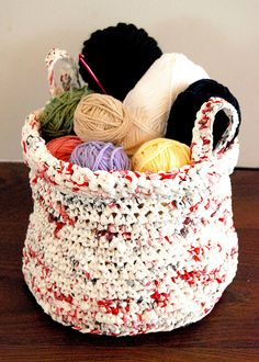 Crochet Plastic Basket  By MomoMushy on Flickr    Crochet using plarn (plastic bag yarn). Pattern from Chickpea Sewing Studio