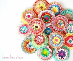 {DIY Cupcake Liner Flowers} #diyflowersfabulous
