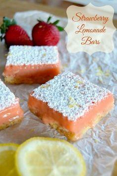 A summertime treat that's great all year - Strawberry Lemonade Bars! Strawberry Desserts, Lemon Desserts, Strawberry Lemonade, Sweets Recipes, Easy Desserts, Baking Recipes, Delicious Desserts, Yummy Food, Strawberry Bars
