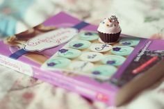 save the cupcake (lisa papademetriou) - A series of serendipity