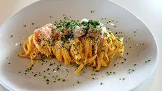 Stekt laks med kremet pasta