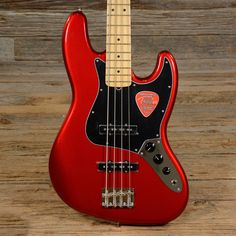 Fender American Special Jazz Bass Candy Apple Red USED (s778)