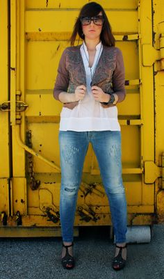 http://amemipiacecosi.blogspot.it/2014/05/outfit-giacca-etnica-liu-jo-e-ripped.html  #liujo #rippedjeans #jeans #denim #outfit #ootd #fashion #fashionblogger #jeffreycampbell #jacket #beadedjacket #embroiderdjacket #beads #embroidery #giaccaricamata #boho #ethnic #zara #whiteblouse #sandals #heels #brown #rhinestones