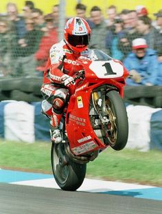 Things Ducati, old & new! Send me your Ducati photos, links, etc along with a description. (I'll always include a bit of Aryton Senna and Mike Hailwood too! Ducati Motorbike, Ducati 748, Ducati Superbike, Racing Motorcycles, Motos Sexy, Grand Prix, Aryton Senna, Wheel In The Sky, Road Racing