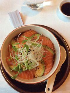 Ra sushi bara chirashi bowl striving for skinny foooooooood salmon avocado donburi shakedon httpgueterhof salmon avocado pdfjapansushicooking forumfinder Images