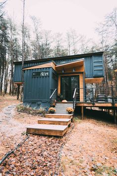 Tyni House, Tiny House Cabin, Tiny House Living, Container Home Designs, Building A Container Home, Container House Plans, Cabin Design, House Design, Hocking Hills Cabins