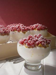 Ribizlis-zabpelyhes pohárkrém - Kifőztük ingyenes, online (havi) gasztromagazin – (egyenesen) a gasztrobloggerek konyhájából Diabetic Recipes, Diet Recipes, Healthy Recipes, Healthy Foods, Healthy Desserts, Dessert Recipes, Eat Pray Love, Panna Cotta, Raspberry