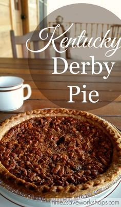 Easy Chocolate Pecan Pie for Derby Day Easy Kentucky Derby Pie Recipe Jamie here! Kentucky Derby Pie is a beautiful beast of a pie. Simply put, it's pecan pie with chocolate chips. But that is not what your mouth will tell you. Kentucky Derby Pie, Kentucky Food, Bourbon Kentucky, Just Desserts, Delicious Desserts, Yummy Food, Pecan Desserts, Pecan Pies, Apple Pies