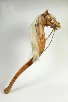 Wooden hobby horse made in England by Relko Rocking Horses, Newton Abbot, in 1983 Learn Woodworking, Woodworking Projects Diy, Diy Projects, Rocking Horse Plans, Rocking Horses, Hobby Kids Games, Hobby Desk, Hobby Shops Near Me, Making Wooden Toys