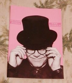 FREE SHIPPING!!!!     Elton John Concert Tour Book 1989