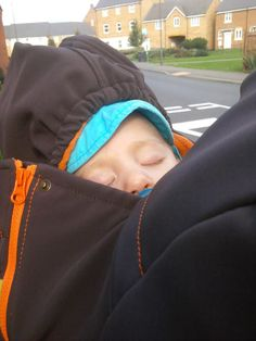 picture from Hornyak Mariann Babywearing, Lily, Coat, Pictures, Beautiful, Style, Photos, Swag, Sewing Coat